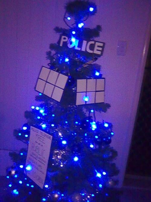 random photos  4 dr  who inspired christmas trees